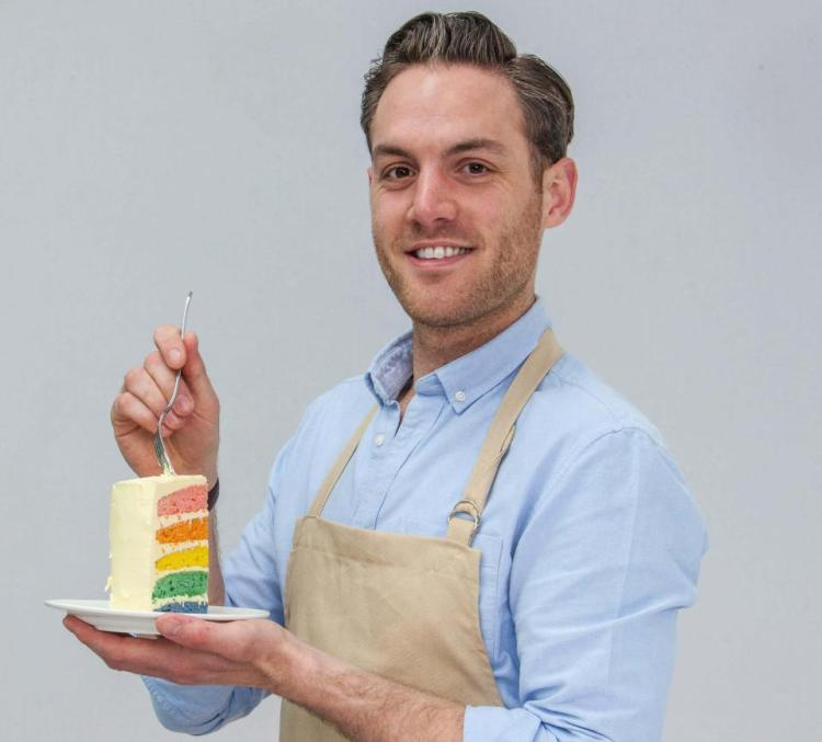 gbbo8-baker-portrait-tom-890_l